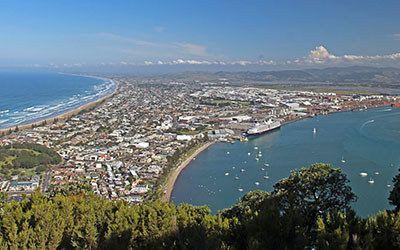 Climbing the Mauao at Tauranga