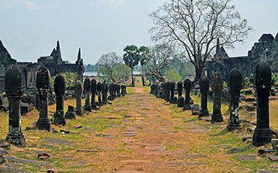 "Wat Phu, the ""mini Angkor Wat"" in Champasak"